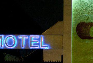 Palomita cuenta sus historias de cuando trabajó en un motel