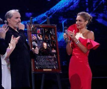 Miguel Bosé no se llevó el collage que recibió en el Festival de Viña