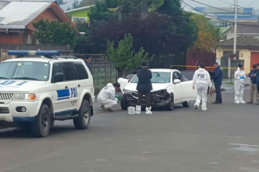 Dos fallecidos y un herido deja balacera en Cesfam de Hualqui