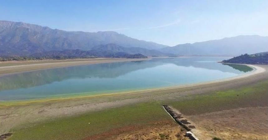 Sequía de laguna de Aculeo: ¿El cambio climático es el único factor?