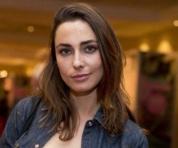 Hija de Javiera Díaz de Valdés posa como modelo en redes sociales