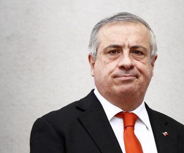 Ministro Mañalich califica de «ignorantes» a quienes piden más financiamiento por la Ley del Cáncer