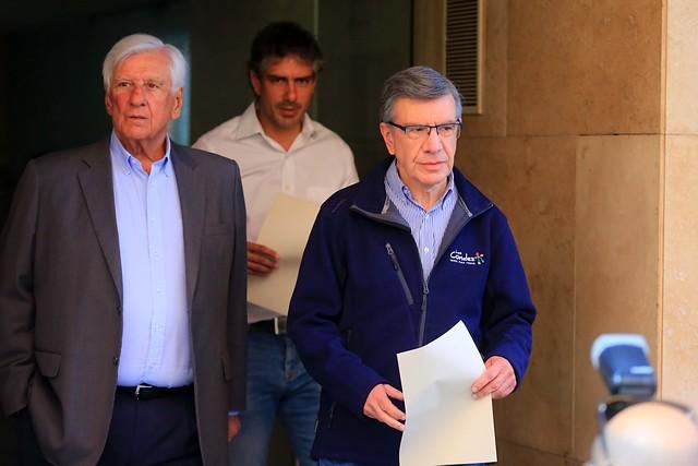 Alcaldes decretan cuarentena preventiva para Las Condes, La Reina y Vitacura