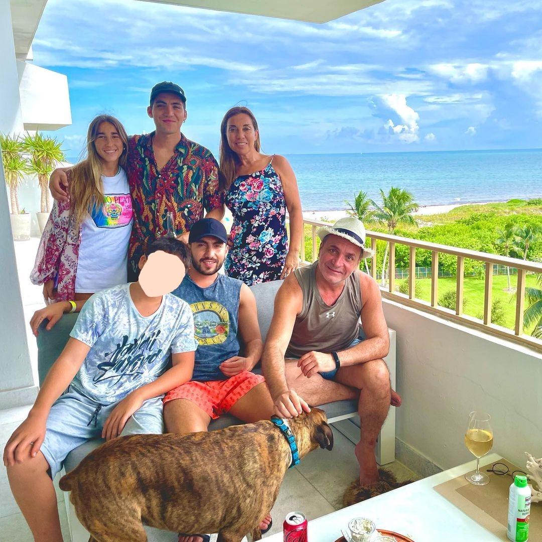 Familia Luis Jara